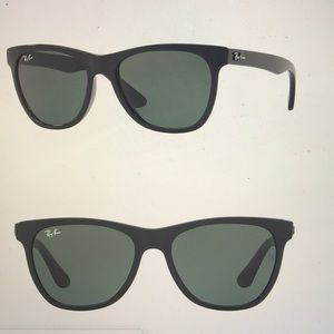 Ray-Ban New Wayfarer Black Sunglasses